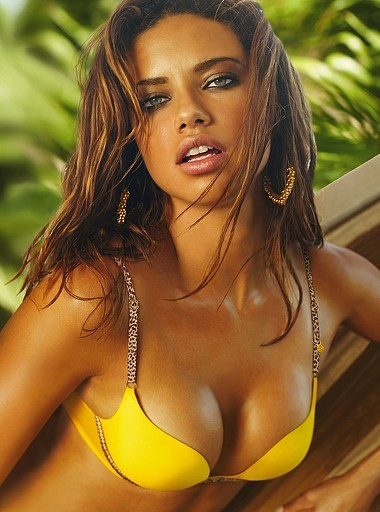 adriana-lima-yellow_gamble.jpg