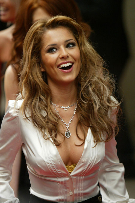 cheryl_tweedy_cleav_big_3.jpg