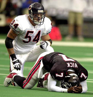 urlacher%20and%20vick.jpg